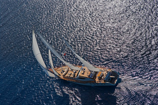 Miss B yacht 14