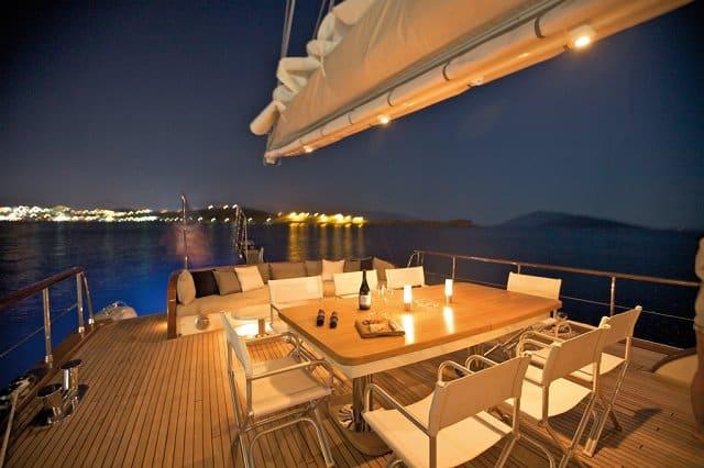 Miss B yacht 17