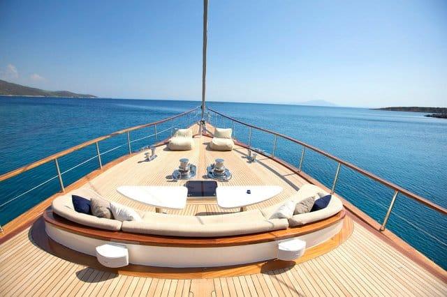 Miss B yacht 19